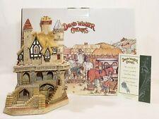 2002 David Winter Cottage, The Labyrinth, D1204, Coa & Box *Very Rare!*