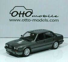 BMW 325i (E30) Limousine Baujahr 1988 delphin- gray 1:18 OT819 OttO-mobile