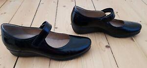 Ecco Ladies Black Patent Shoes. Size 41.