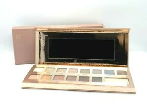 It Cosmetics Naturally Pretty Matte Luxe Transforming Eyeshadow Palette BNIB