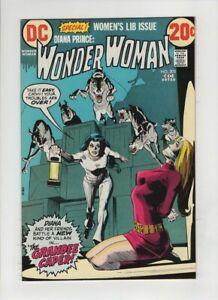 WONDER WOMAN #203 NM-, Women's Lib issue, Dick Giordano bondage cover & art