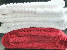 Luxury Egyptian Cotton Bath Towel from Marks & Spencer White & Berry Red