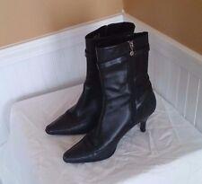 Rockport Women's Black Leather Boots 9 M Kitten Heels Low Buckle EUC!