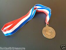 UNITED WAY WINNERS PARTICIPATION MEDAL NECKLACE HISTORICAL OLYMPIC MEDALLION