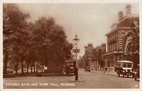 POSTCARD    BERKSHIRE   READING  Victoria  Gate & Shire  Hall  Circa  1936   RP