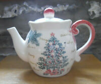 """Maxcera """"Toile Christmas Tree"""" Teapot - Large 10 cup"""