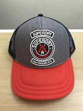 Superdry College Camionista Cap-Blu Marino Grigio Grit Rosso NUOVO con  etichetta 5bdfce1fc791