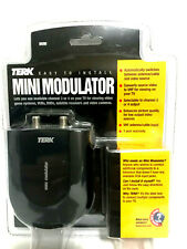 Terk Mini Modulator Automatically switches between antenna/cable & video source