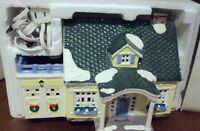DEPARTMENT 56 SNOW VILLAGE HAND PAINTED CERAMIC NORTH CREEK COTTAGE RETIRED NEW