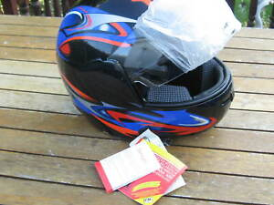 Motorcycle Helmet MEDIUM Size 58 NEW WITH TAGS