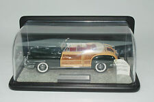 FRANKLIN MINT 1948 CHRYSLYER TOWN & COUNTRY, 1:24 SCALE, EXCELLENT WITH CASE