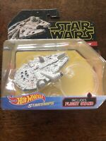 NEW Hot Wheels Star Wars Starships Millennium Falcon With Display Stand (21-4)