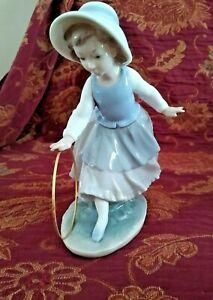 Nao by lladro Figurine Girl with Hoop 297