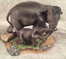 "LENOX 1985.""ELEPHANTS"" WILDLIFE OF THE SEVEN CONTINENTS  ORIGINAL BOX, RARE"