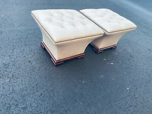 SPLENDID PAIR OF HOLLYWOOD REGENCY TUFTED LEATHER BENCHES