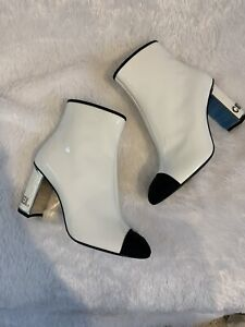 Chanel White Patent Ankle Boots with Chanel on Heels Sz37
