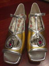 BNWB Gucci Size 39 Gold Learher Platform Shoes