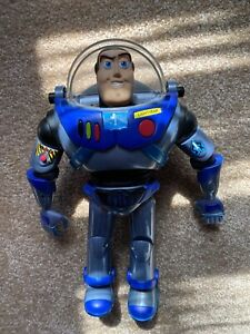 2001 Hasbro Search And Rescue Buzz Lightyear Toy Story