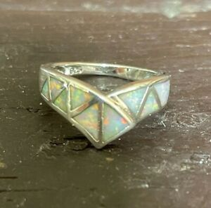 825 Marked Silver White Fire Opal Inlay Chevron Style Band Sparkly Sz 6/M/12/53