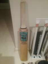 CRICKET EQUICKMENT, BRAND NEW STUART SURRIDGE BAT, A GRADE WILLOW, GREY NICOLLS