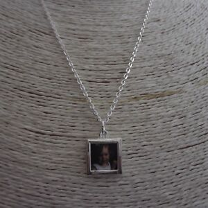 """Picture Frame Necklace (17mm) Insert Your Own Picture 18"""" Silver Plated Chain"""