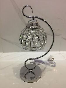 Thin metallic frame crystallic table lamp with incorporated LED [DSCT01]