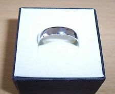 PLAIN STAINLESS STEEL 4mm BAND RING -  SIZE  (W)