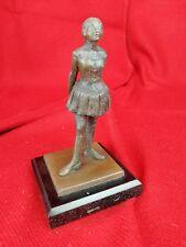 Reproduction la petite danseuse en bronze DEGAS socle bois collection XXe 16cm