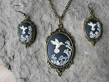 BLACK HUMMINGBIRD CAMEO NECKLACE AND EARRINGS SET- BRONZE - GIFTS!!