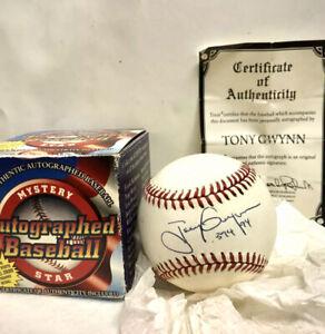 tony gwynn signed baseball