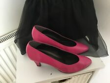 """VINTAGE BALLY SIZE 5 PINK  3 """"  HEEL LEATHER COURT SHOES WORN TWICE."""