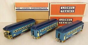 LIONEL #710-710-712 BEAUTIFULLY RESTORED TWO TONE BLUE PASSENGER CARS-NICE!