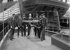 8x10 SAILORS USS FREE LANCE SHIP BOAT GUN FLAG PHOTO