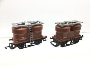 Hornby R125 OO Gauge BR Prestwin Twin Silo Wagon