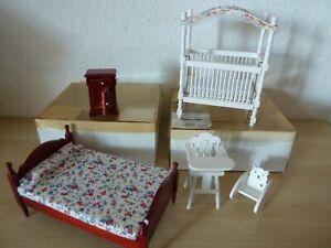 Miniaturmöbel 1:12*Kinderbett*Hochstuhl*Schaukelbär*Bett*Nachttisch*Puppenhaus