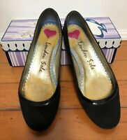 Women's Shoes. London Sole, black, Size 40UK ballet flats.