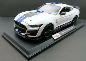 2020 Ford Mustang Shelby GT500 ~ White ~ 1:18 Metal Die Cast Car ~ Maisto