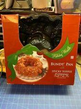 Nordic Ware Holiday Wreath Bundt Pan New