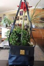 Nina Ricci navy leather shoulder bag purse (P900)