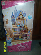 Disney Castle  Cinderella Royal Princess  DOLL HOUSE  NIB