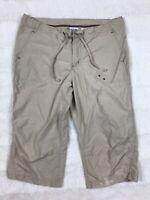 Columbia Womens Capri Pants Size Medium Outdoor Hiking Khaki Lightweight