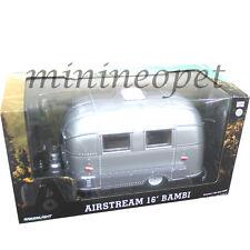 GREENLIGHT 18224 AIRSTREAM BAMBI 16' CAMPER TRAILER 1/24 CHASE GREEN MACHINE