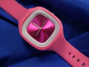 HUSTLE HARDER TIME IS MONEY Silver tone pink silicone WATCH fresh BATTERY A15