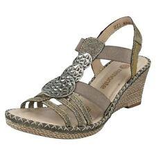 41 Sandali e scarpe casual con tacco alto (8-11 cm) per il mare da donna