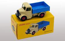 DAN TOYS Bedford Camion Plateau Beige / Bleu (Série de 500 Exemplaires)