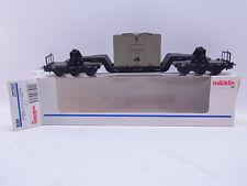 LOT 42676 | Sehr schöner Märklin H0 4618 Tiefladewagen mit Kiste in OVP