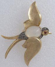 Vintage 1950s CROWN TRIFARI Jelly Belly Swallow Bird Rhinestone Gold Tone BROOCH