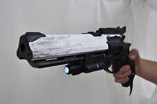 Hawkmoon gun prop  with LED option from Destiny. Props / replica