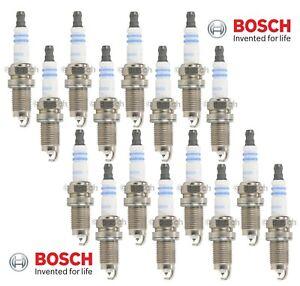 Set of 16 Spark Plugs Bosch Platinum Fine Wire For Mercedes C55 CLK55 SLK55 AMG