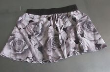 Girls Size Small Mini Skirt Rayon Pull Up Elastic Waistband Gray White Roses
